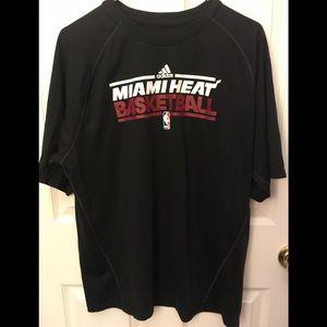 Miami Heat NBA Basketball 🏀 Adidas Tee Large